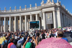 The Benitez Euro Adventures 2017 Part 1 – Italy (Rome, Assisi, Tivoli) The Pope at The Vatican