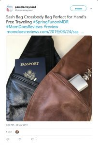 Pamela Maynard from Mom Does Reviews recomending Sash Bag Crossbody bag in a Twitter Post